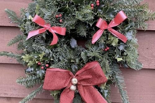 Decorated Medium Wreath